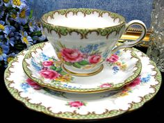 SHELLEY 1TEACUP 3122 FLOWERED TEA CUP AND SAUCER TRIO   eBay