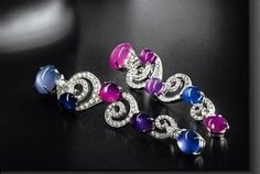 Resultados da Pesquisa de imagens do Google para http://www.jewelrycollection.eu/gallery/cache/125__480x360_van-cleef-amp-arpels-sapphire-and-ruby-earrings.jpg
