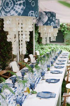 Décoration de table inspiration indigo - Crédit Photo: John Newsome - La Fiancée du Panda blog Mariage et Lifestyle
