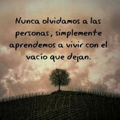 Sad Love Quotes, Life Quotes, Mom I Miss You, Condolence Messages, Condolences Quotes, Love Phrases, Memories Quotes, Try To Remember, Spanish Quotes