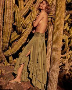 Mango Printemps Eté 2018 Arizona Muse par Alexandra Nataf   Editorial de  mode Couture, Ete 29906c71503