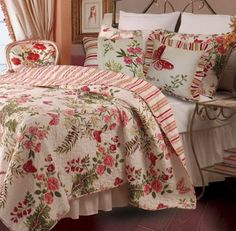 Tropical Cottage Printed Palm Leaves Floral Pattern 100 percent Cotton Quilt and Shams Set. The quilt is reversible to a red ticking striped pattern for two look in one. Perfect bedding set for your bedroom tropical decor or your cottage seaside retreat.