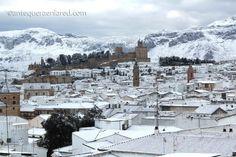 Antequera nevada en el día de Andalucia