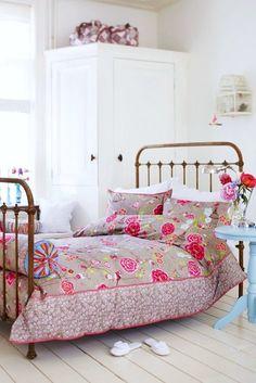 pretty comforter