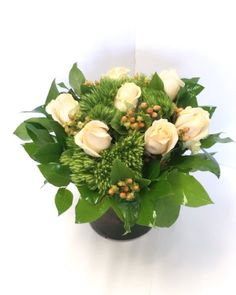 Flower subscriptions are coming to El Paso with Angie's Floral Designs. If you're a flower lover, yo Tulpen Arrangements, Rosen Arrangements, Easter Flower Arrangements, Floral Arrangements, Wood Flower Box, Flower Boxes, Flower Subscription, Online Flower Delivery, Decoration Originale