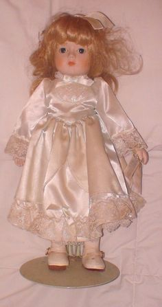 Doll Gorham Musical Petticoats Lace Victoria 1984