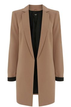 When you're rushing around the shows, pull on this longline blazer from Oasis and you'll be just the right amount of cool and cosy for #LFW #LondonFashionWeek