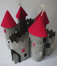 château en feutrine Pan Pepe: duży zamek z filcu