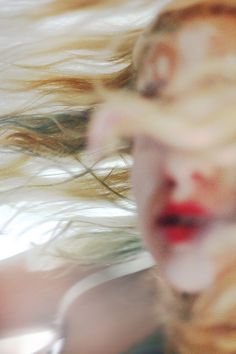 She whirled, drafts circling her in her own beautiful tornado. Blonde hair, red lips, all a blur in the winds lashing out like hungry vipers. Cassie Skin, Foto Picture, Jace Lightwood, Kreative Portraits, Kunst Online, Robert Doisneau, First Art, Art Photography, In This Moment