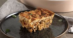Greek vegan pastitsio by the Greek chef Akis Petretzikis. A quick and easy recipe for baked pasta with veggies and a creamy vegan bechamel sauce! Baked Pasta Recipes, Dip Recipes, Raw Food Recipes, Dinner Recipes, Nutrition Chart, Processed Sugar, Pasta Bake, Good Fats, Kitchens