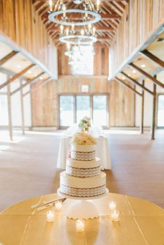 Wedding cake: http://www.stylemepretty.com/little-black-book-blog/2015/02/19/romantic-magnolia-plantation-wedding/ | Photography: Shannon Michelle - http://shannonmichelephotography.com/