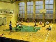 Na blogu Zespołu Szkół w Jastrzębiu-Zdroju przeczytacie o zaletach organizowania otwartych lekcji oraz poznacie świetny sposób na zorganizowanie lekcji doskonalenia techniki w piłce koszykowej. Dobra Praktyka! http://blogiceo.nq.pl/sobieszczaki6/2015/02/24/lekcja-otwarta/