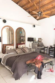 7 tips voor een heerlijk winters bed - Roomed   roomed.nl  #bedroom #inspiration #interiordesign #decoration #interior #design #industrial