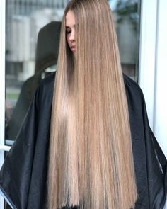 Wavy Side-Part Hairstyle - 60 Super Chic Hairstyles for Long Faces to Break Up the Length - The Trending Hairstyle Long Face Hairstyles, Straight Hairstyles, Beautiful Long Hair, Gorgeous Hair, Really Long Hair, Silk Hair, Rapunzel, Hair Lengths, Hair Beauty