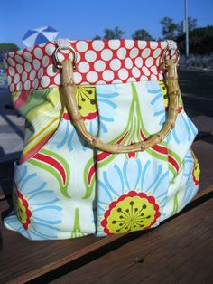 home.made.: (Sewing for Me} The March Bag.  Inspiration for my next bag for the summer.