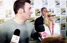 Robert Downey Jr. & Chris Evans #ComicCon