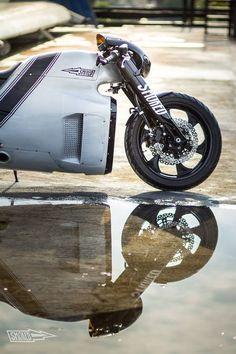 "Kawasaki ER-6 Lotus C0-1 Cafe Racer ""Bronco Racer"" by Smoked Garage #caferacer #motorcycles #motos   caferacerpasion.com"