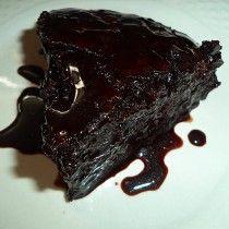 Varenie a receptoch: pôstny čokoládovú tortu alebo americký CRAZY CAKE Greek Desserts, Fun Desserts, Cake Cookies, Cupcake Cakes, Cupcakes, Meals Without Meat, Crazy Cakes, Coffee Cake, How To Make Cake