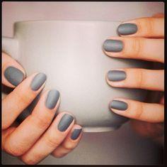 Grey matte nails---nice, very nice!