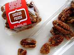 yummy gift idea - packaged chocolate pecan bark or candied pecans Candied Pecans Recipe, Glazed Pecans, Snack Recipes, Dessert Recipes, Snacks, Diy Food Gifts, Food Swap, Chocolate Bark, Sweet Tooth
