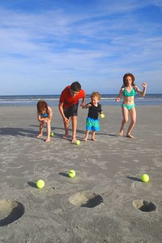 Great ways to beat boredom and enjoy the sun and surf Beach Play, Beach Kids, Beach Fun, Beach Trip, Summer Activities For Kids, Summer Kids, Games For Kids, Ocean Activities, Group Activities