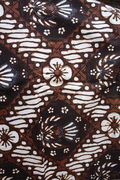 Jogja's Classic Batik Pattern, in combination between patterns. #djokdjabatik