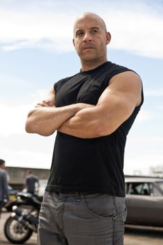 Vin Diesel Photos from Fast Five Fast And Furious Cast, The Furious, Furious Movie, Hottest Male Celebrities, Celebs, Chaning Tatum, Dominic Toretto, Fast Five, Raining Men