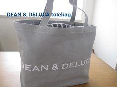 ディーン&デルーカのトートバッグ。 他にナチュラルやブラックもあったけれど、やさしいグレーをセレクト。 いつも置き場所に困っていたパンや食べかけのお菓子の袋などを収納。 ポンポンいれてクロスをかけてしまえば、キッチンに置いてもオシャレです♪DEAN & DELUCA **ディーン&デルーカ** : foryou+すてき時間