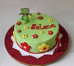 Sapo Pepe Cake by Violeta Glace