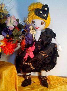Romantic doll Black / yellow  LAURA  par PoupeesCollection sur Etsy