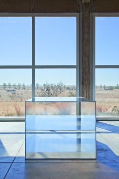 How Donald Judd's 100 Shimmering Aluminum Boxes Light Up the Chinati Foundation