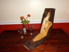 Wine rack made maple wood. Rustic wine rack, 3 bottle wine holder.Wooden wine rack.Homemade wine rack.Rustic wedding wine accessories/decor