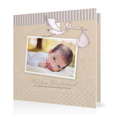 Geburtskarte Ein Bündel voll Glück in Taupe - Klappkarte quadratisch #Geburt #Geburtskarten #Mädchen #elegant #Foto #kreativ #vintage https://www.goldbek.de/geburt/geburtskarten/maedchen/geburtskarte-ein-buendel-voll-glueck?color=taupe&design=9a2e9&utm_campaign=autoproducts
