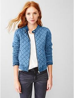 Stand out in cozy coats and jackets for women from Gap. Find women's outerwear from teddy coats and parkas to denim jackets and blazers in a variety of styles. Jean Jacket Outfits, Denim Outfit, Redone Jeans, How To Make Clothes, Outerwear Women, Vintage Denim, Denim Fashion, Indigo, Winter Fashion
