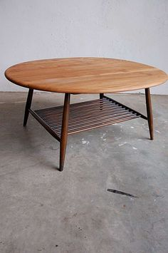 The idea of having a BIG round coffee table, and I mean HUGE, make me excited