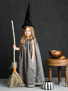 This adorable DIY witch Halloween costume is so easy. All it takes is our free pattern and a few simple sewing techniques. This is sure to be your favorite easy kid's Halloween costume idea. halloween This Adorable Kids Witch Costume Is Bewitchingly Easy Kids Witch Costume, Easy Halloween Costumes Kids, Halloween Halloween, Halloween Makeup, Little Girl Witch Costume, Halloween Dresses For Kids, Halloween Recipe, Women Halloween, Halloween Decorations