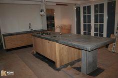 Blok wel, met andere frontjes en grepen.   Ikea Kitchen projects with Koak Design