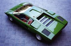 Lamborghini Countach LP400. It looked so much better like this, before it sprouted wings.