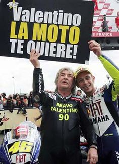 Ángel Nieto y Valentino Rossi: La moto te quiere Nicky Hayden, Valentino Rossi 46, Vr46, Love Me Forever, Sportbikes, Pilot, Competition, Champion, Racing
