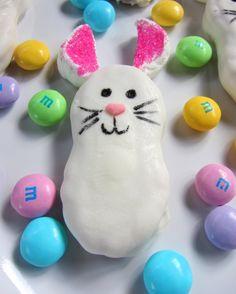 Easter snack ideas- Nutter Butter Bunnies