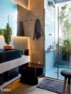 01-banheiro-tem-boxe-com-ares-de-piscina