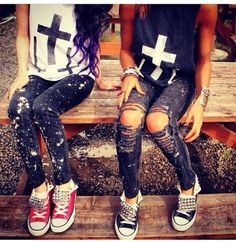 Don't really like the shirts, but switch them out for a cool faded Tshirt with Paint splattered jeans Torn upright jeans and Converse it would be awesome Alternative Rock, Alternative Fashion, Soft Grunge, Matching Outfits, Cute Outfits, Teen Fashion, Fashion Outfits, Rocker Fashion, Indie