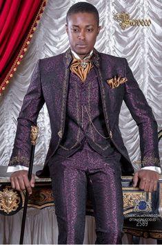 4c7792d07f Costume de marié baroque, Redingote col Napoléon vintage en tissu jacquard  violet avec broderie en