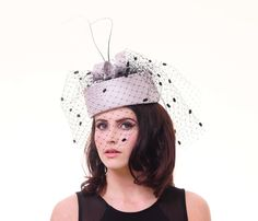 Parisisal Pillbox Hat • Free tutorial with pictures on how to make a pillbox hat in under 180 minutes