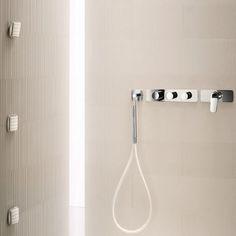 Fantini Unterputz-Thermostat Serie Levante horizontale Anordnung | Design Rodolfo Dordoni | mit Handbrause und 1-3 zusätzlichen Abgängen | zwei Oberflächen wählbar