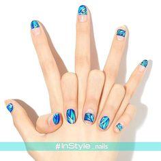 Nail Unistella by EK . Lab - [#유니스텔라매거진]  #유리조각네일 #공간네일✨  #regram from... Korean Nail Art, Korean Nails, Mani Pedi, Manicure And Pedicure, Pedicure Ideas, Instyle Nails, Japanese Nail Art, Shattered Glass, Nails Inc