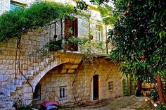 'Batroumine - Village with a long history seen through the fine examples of traditional Lebanese houses located in the village center Old House Design, House Outside Design, Architecture Old, Cool Countries, Traditional House, Interior And Exterior, Interior Design, Old Houses, Beautiful Places