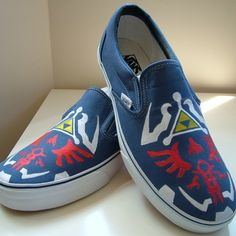 Zelda shoes... oh, I'm in love.