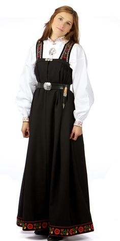 Folk Costume, Costumes, Shops, Going Out Of Business, Ethnic Dress, Traditional Dresses, Norway, Dining Products, Amazing People