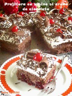 » Tort de ciocolata cu crema de cocosCulorile din Farfurie Fancy Desserts, No Cook Desserts, Sweets Recipes, Delicious Desserts, Cake Recipes, Cooking Recipes, Focaccia Bread Recipe, Romanian Desserts, Good Food